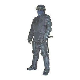 Traje antidisturbios Robocop con protecciones rígidas